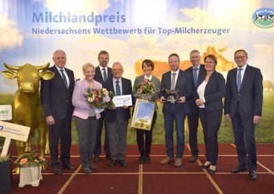 """Die Gewinner der """"Bronzenen Olga"""": Familie Groeneveld aus der Nähe von Emden"""