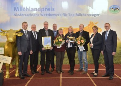 """Die Gewinner der """"Goldenen Olga 2017"""": Familie Neumann aus Riekenbostel im Landkreis Rotenburg/Wümme"""