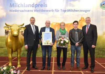 Auch der Betrieb von Eckhard und Gertrud Peters aus Südgeorgsfehn im Landkreis Leer wurde ausgezeichnet.